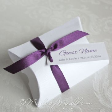 Pillow Box Favour with Ribbon - supplied empty ready for you to fill